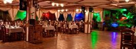 Изысканный интерьер ресторана